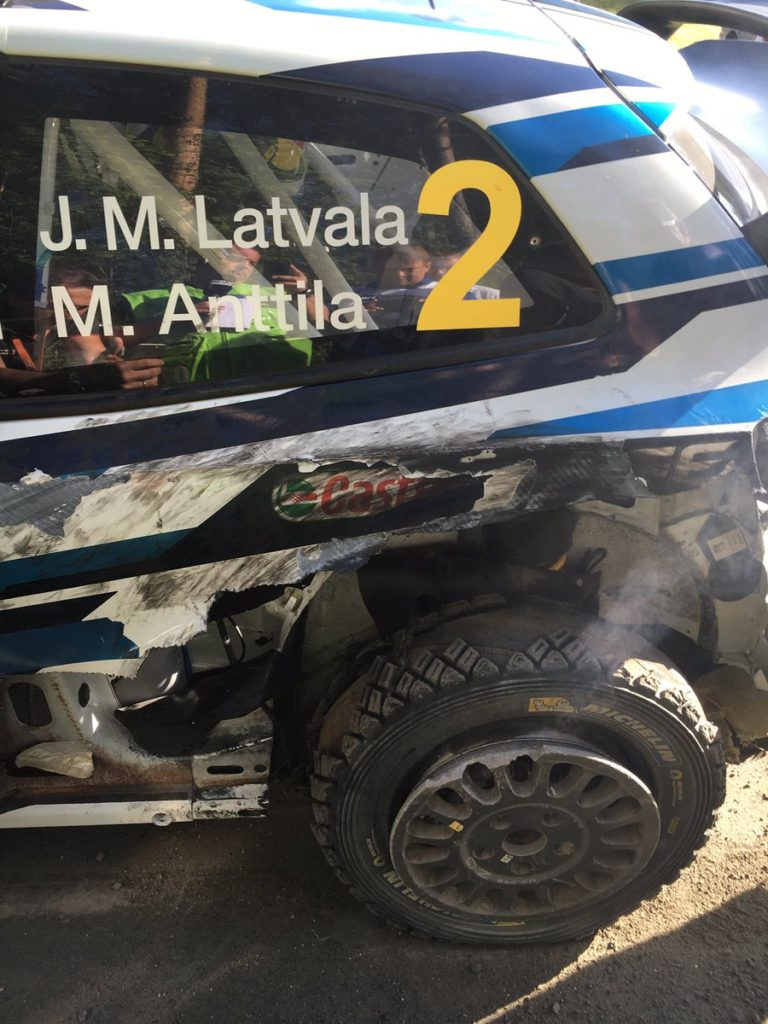 Az SS4 szakaszon Latvala defektet kapott - Fotó: WRC @OfficialWRC / Twitter