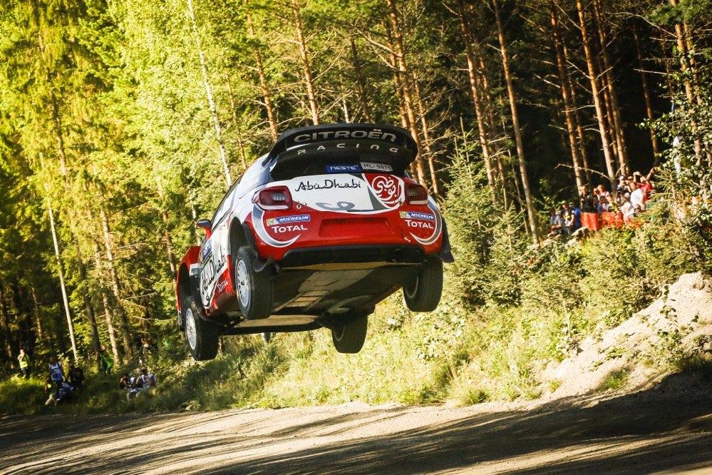 Kris Meeke volt a leggyorsabb az SS5 szakaszon és vezeti az összetettet. Fotó: Citroën Racing @CitroenRacing /Twitter