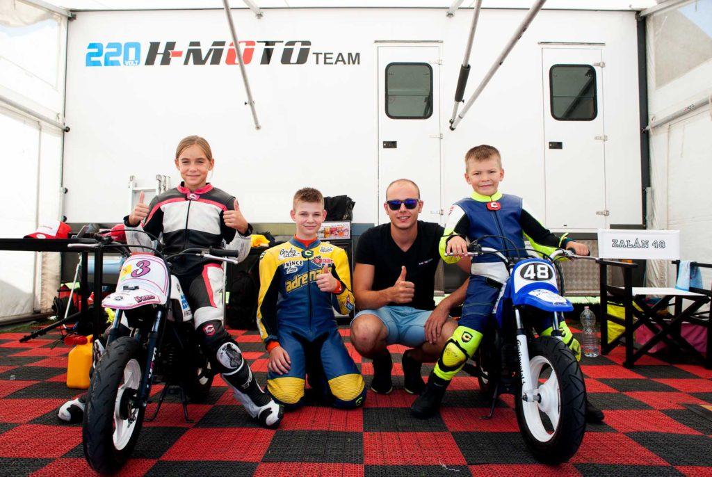 2016-220 Volt H-Moto Team2